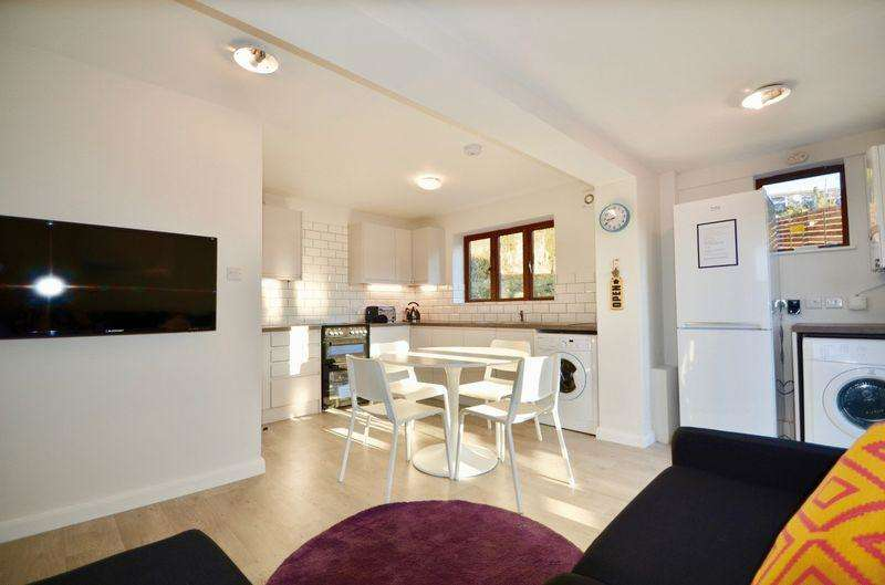 6 Bedrooms Semi Detached House for rent in Norwich Drive, Brighton, East Sussex, BN2 4LG