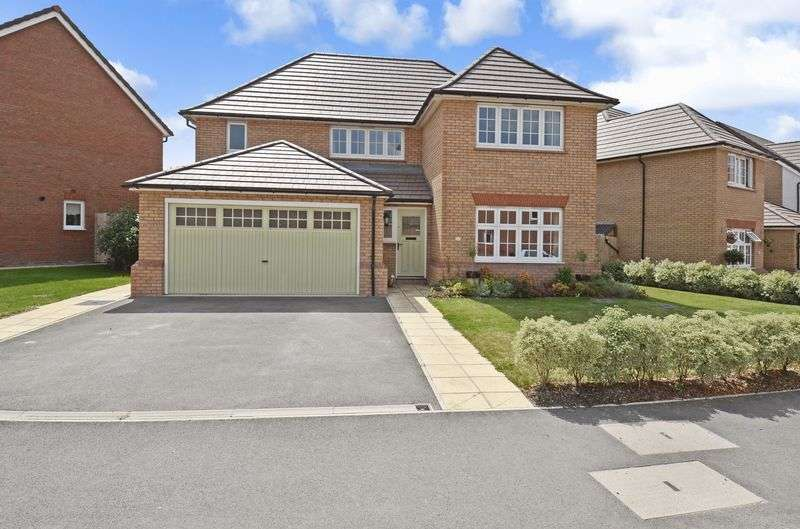 4 Bedrooms Property for sale in Primrose Drive, Newton Abbot