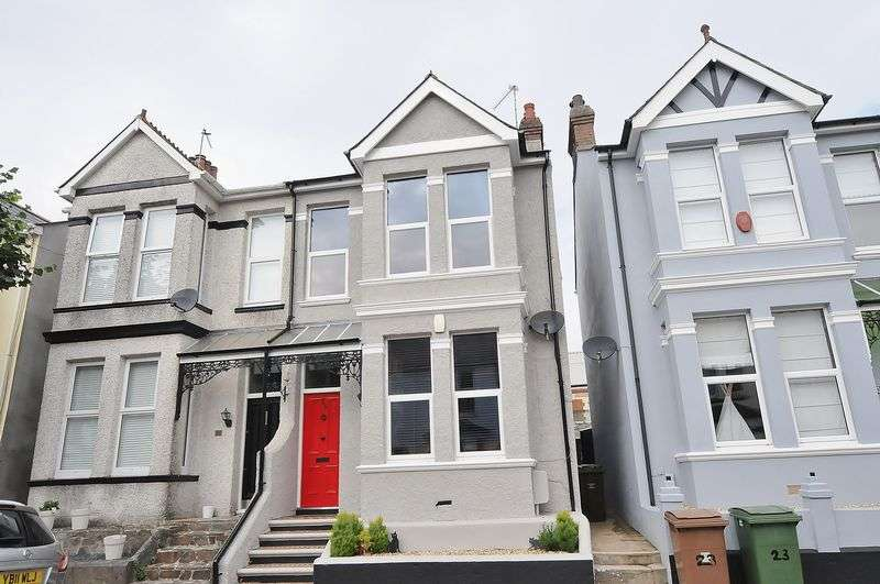 4 Bedrooms Property for sale in Forest Avenue Peverell, Plymouth