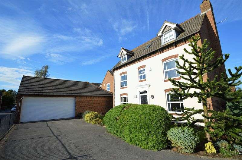 5 Bedrooms Property for sale in Grange Farm Road, Yatton