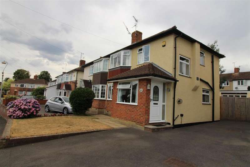 3 Bedrooms House for sale in Cawsam Gardens, Caversham, Reading