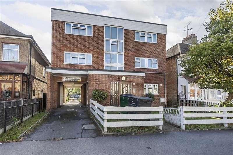 1 Bedroom Flat for sale in Burnham Road, Chingford