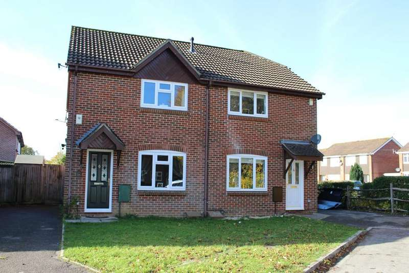 3 Bedrooms Semi Detached House for sale in THE SMITHY, DENMEAD