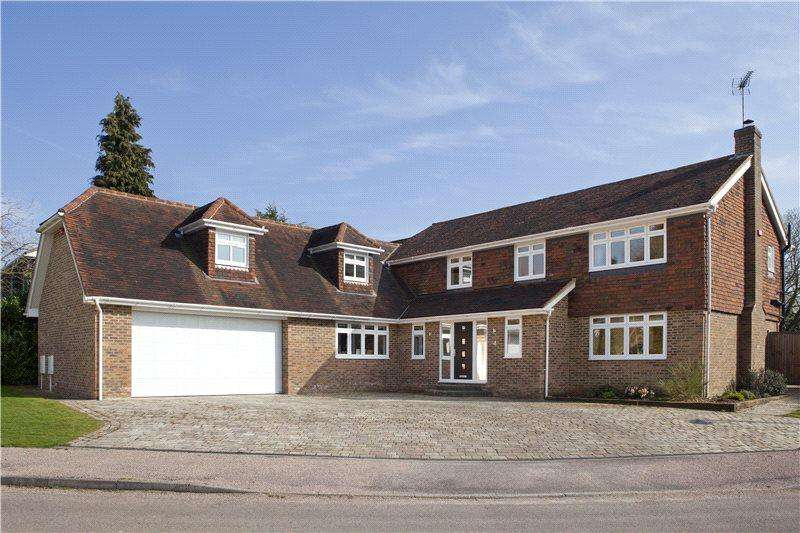 5 Bedrooms Detached House for sale in Farnaby Drive, Sevenoaks, Kent, TN13