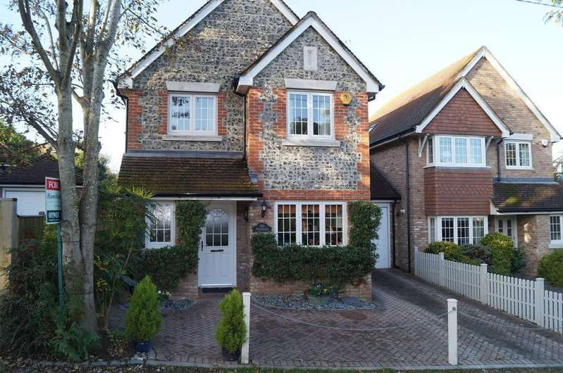 3 Bedrooms Detached House for sale in Penlands Close, Steyning, West Sussex, BN44 3PH