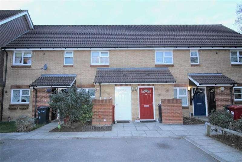 2 Bedrooms Maisonette Flat for sale in School Lane, Slough, Berkshire