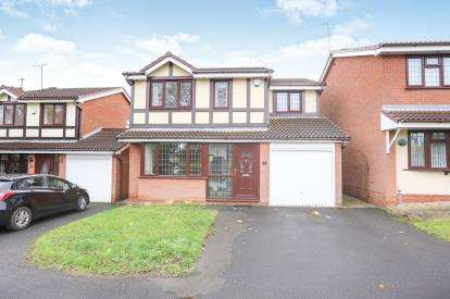 4 Bedrooms Detached House for sale in Elwells Close, Bilston, Wolverhampton, West Midlands
