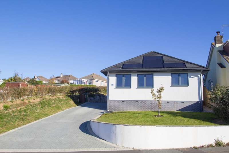 2 Bedrooms Detached Bungalow for sale in Eggbuckland, Plymouth