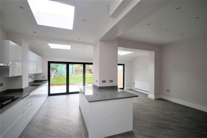6 Bedrooms Semi Detached House for sale in Womersley Road, London, N8