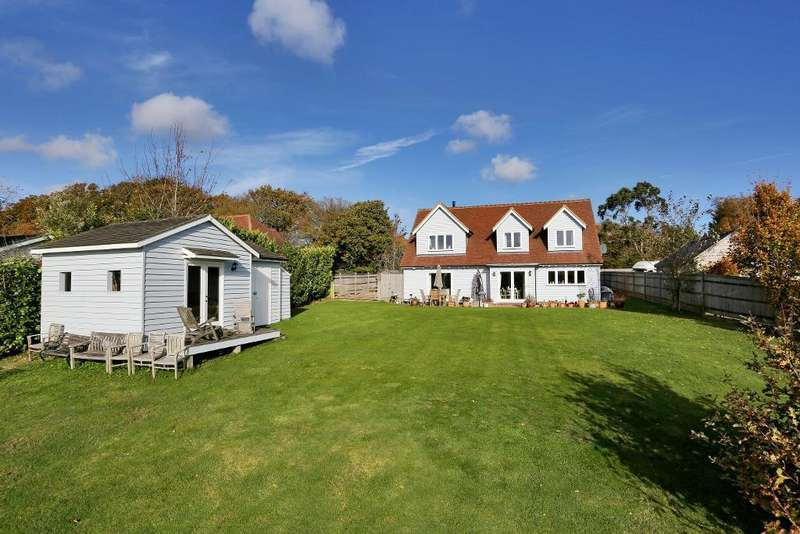 4 Bedrooms Detached House for sale in The Firs, Northiam Road, Staplecross, East Sussex, TN32 5QL
