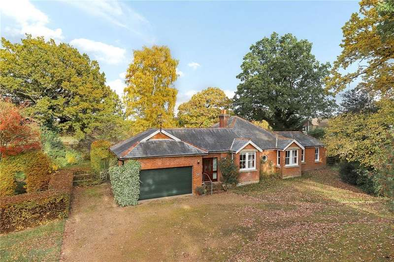 3 Bedrooms Detached Bungalow for sale in Romsey Road, East Wellow, Romsey, Hampshire, SO51