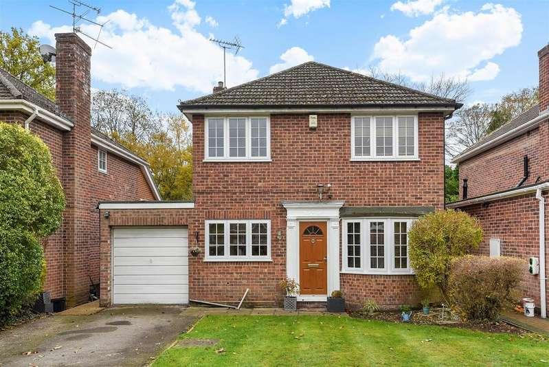 4 Bedrooms Detached House for sale in Luckley Road, Wokingham, Berkshire RG41 2ES
