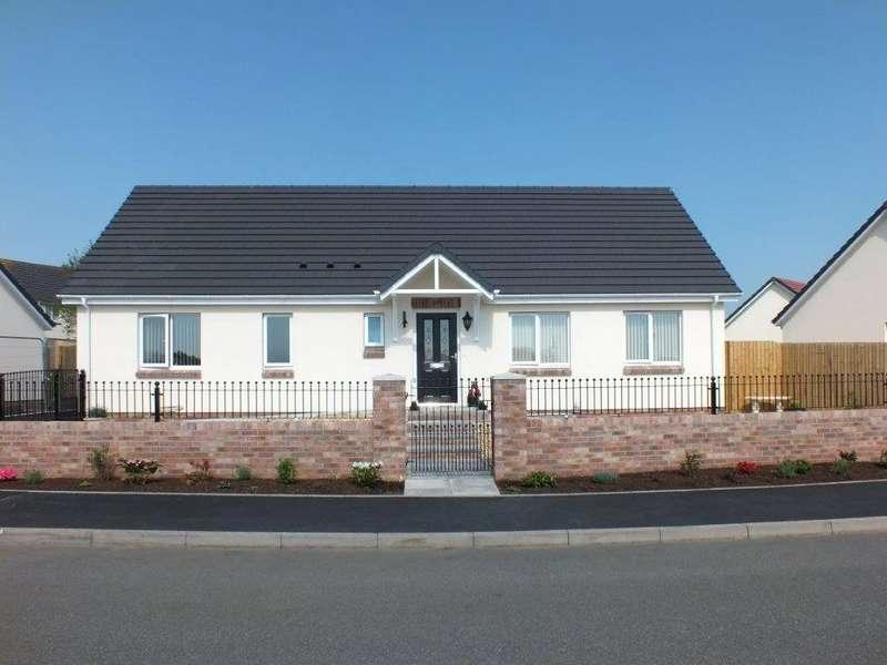 3 Bedrooms Detached Bungalow for sale in Plot 9 Beaconing Fields, Neyland Road, Steynton, Milford Haven