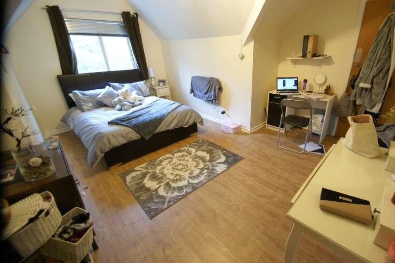 10 Bedrooms Terraced House for rent in North Grange Mount, Hyde Park, Leeds