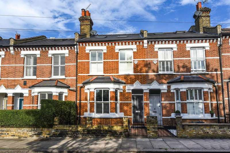 3 Bedrooms Terraced House for sale in Wilna Road, Earlsfield