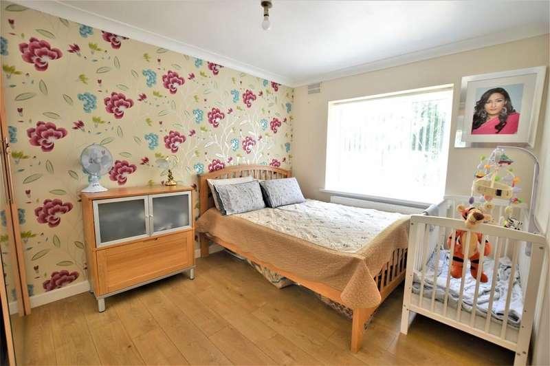 2 Bedrooms Ground Maisonette Flat for sale in Adelphi Gardens, Slough