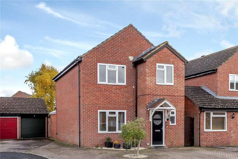 3 Bedrooms House for sale in Alston Mews, Thatcham, Berkshire, RG19