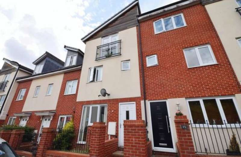 4 Bedrooms Town House for sale in 11 Brentleigh Way, Stoke-On-Trent, Staffordshire