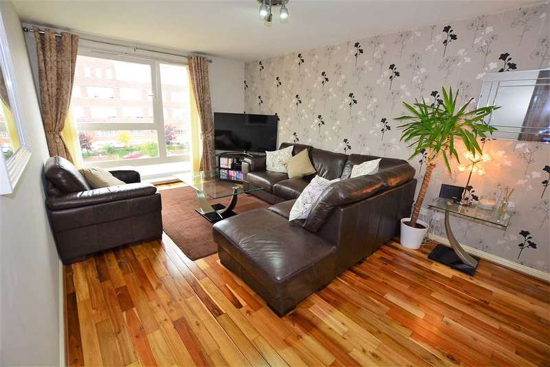 2 Bedrooms Flat for sale in Hanson Park, Dennistoun, G31