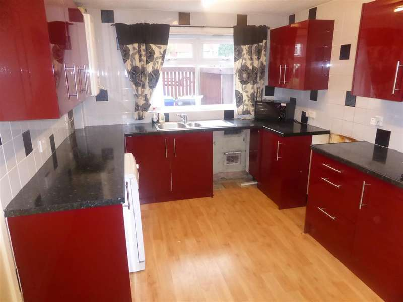 3 Bedrooms Terraced House for sale in Bank Lane, Salford