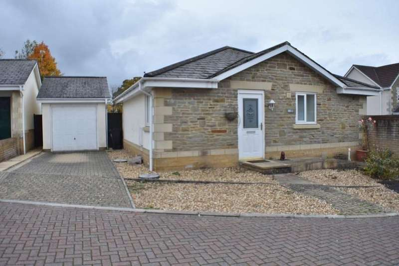2 Bedrooms Detached Bungalow for sale in Butterfield Close, Frampton Cotterell