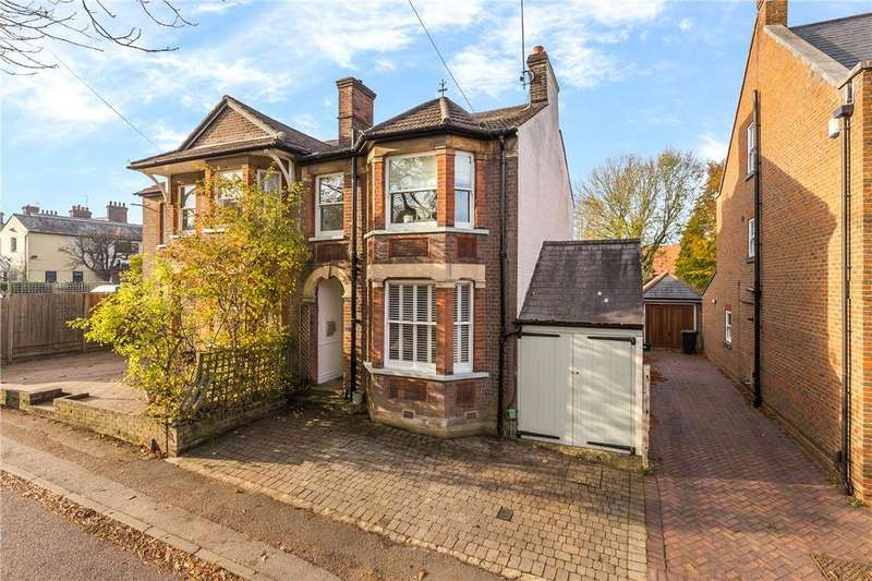 3 Bedrooms Semi Detached House for sale in Cravells Road, Harpenden, Hertfordshire