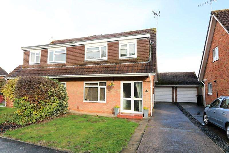 3 Bedrooms Semi Detached House for sale in Montague Road, Saltford, Bristol