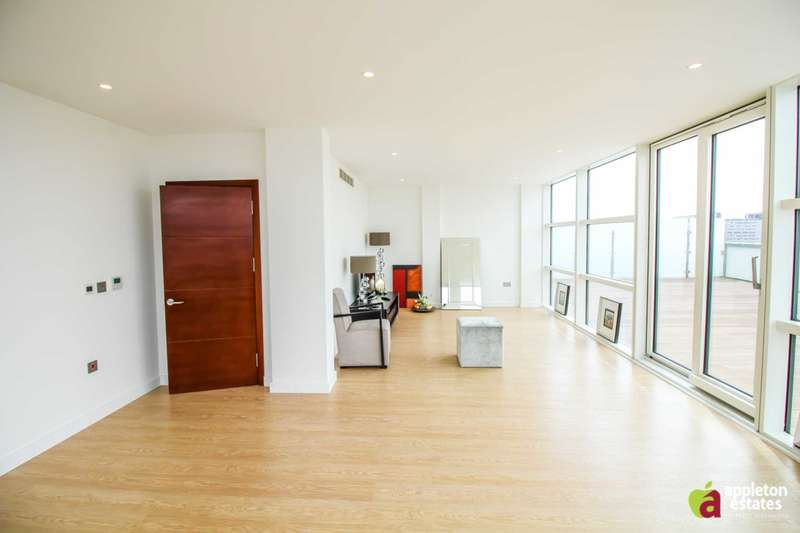 3 Bedrooms Penthouse Flat for sale in The Island, Croydon