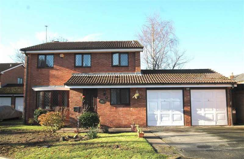 4 Bedrooms Detached House for sale in Biton Close, Harborne