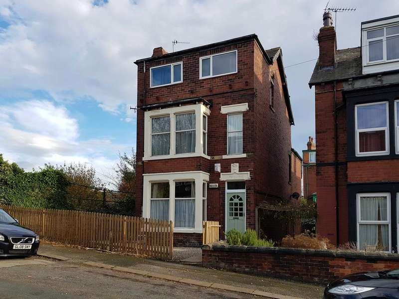 4 Bedrooms Detached House for sale in Hesketh Avenue, Kirkstall, Leeds 5