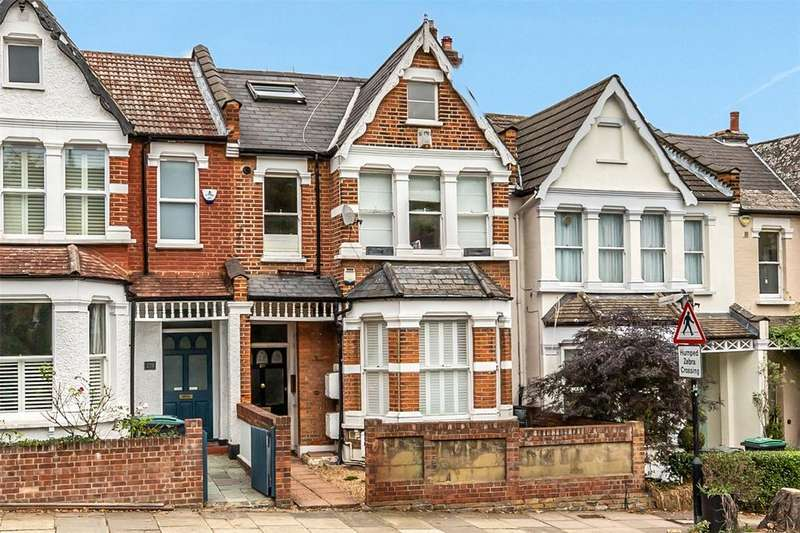 3 Bedrooms Duplex Flat for sale in Alexandra Park Road, London, N22