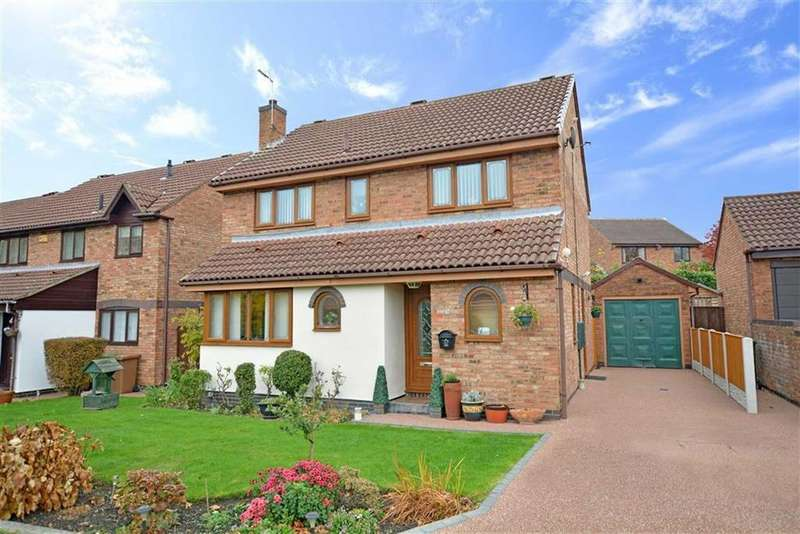 4 Bedrooms Detached House for sale in Freeston Drive, Normanton, Wakefield, West Yorkshire