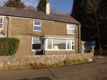 Semi Detached House for sale in Fronlas, Manod, Blaenau Ffestiniog, Gwynedd, LL41