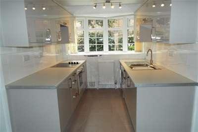 2 Bedrooms Maisonette Flat for rent in Minster Court, Sherwood, NG5