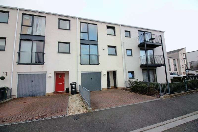 4 Bedrooms Property for sale in Pennant Place Portishead, Bristol