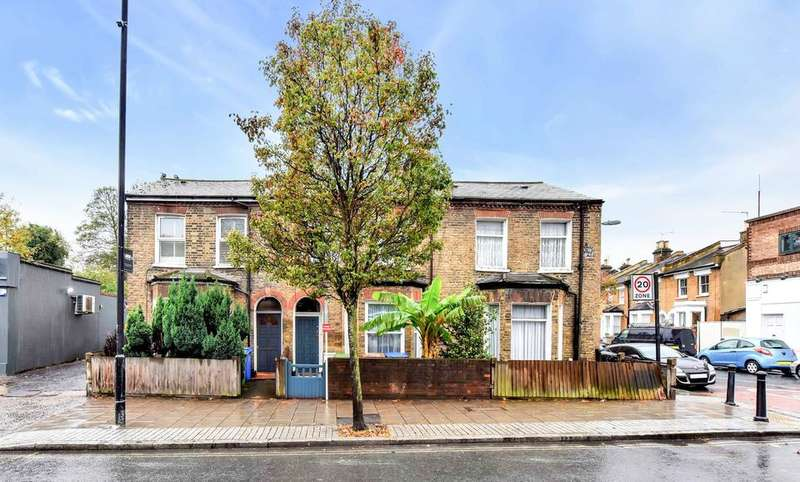 4 Bedrooms Terraced House for sale in Grove Vale, London SE22