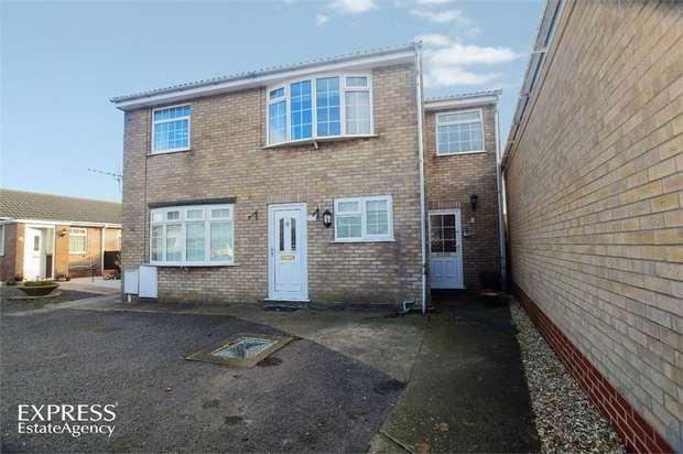 2 Bedrooms Flat for sale in Langton Court, Skegness, Lincolnshire