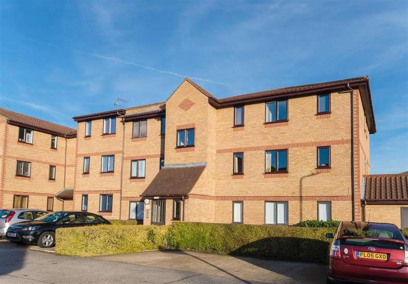 1 Bedroom Apartment Flat for sale in Lowestoft Drive, Slough