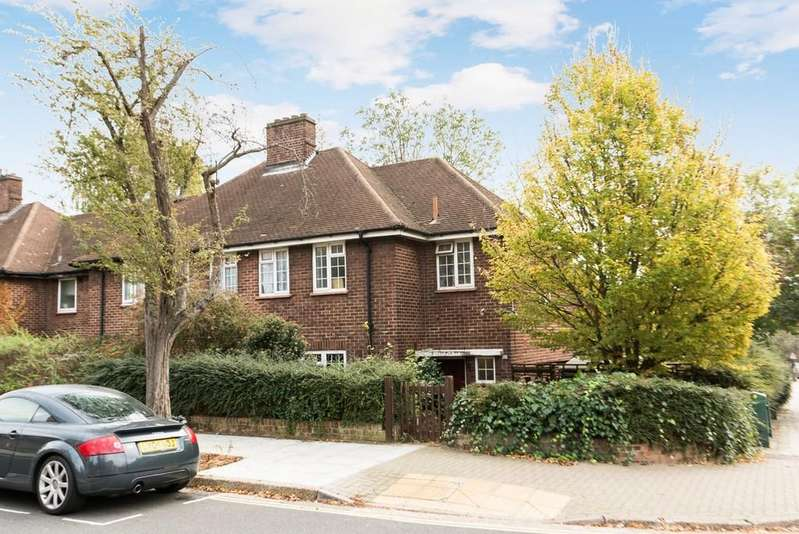 4 Bedrooms Semi Detached House for sale in Crossthwaite Avenue, Herne Hill