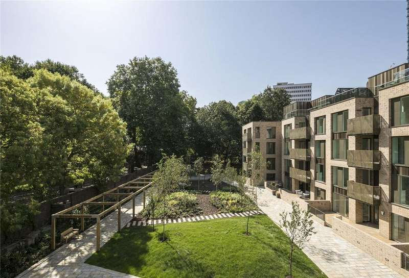 3 Bedrooms Flat for sale in The Featherstone, Featherstone Street, London, EC1V
