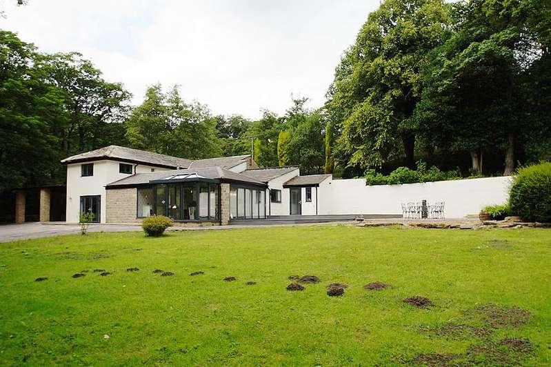 4 Bedrooms Detached House for sale in Marsden HD7