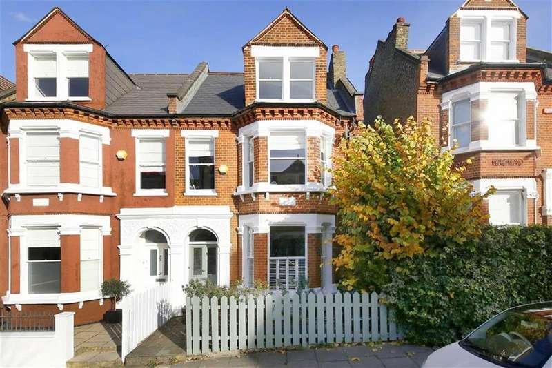 5 Bedrooms Semi Detached House for sale in Kestrel Avenue, London