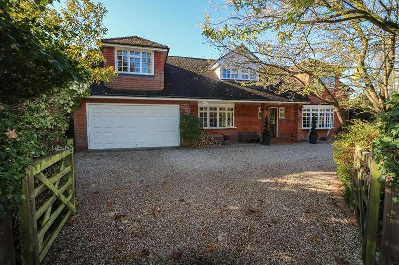 4 Bedrooms Detached House for sale in School Road , Downham CM11