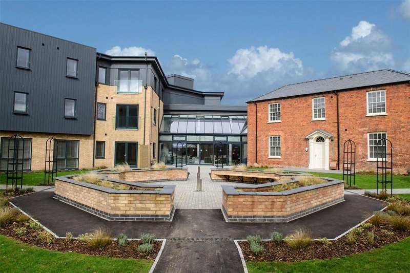 2 Bedrooms Flat for sale in Boultham Park Road, Lincoln, LN6