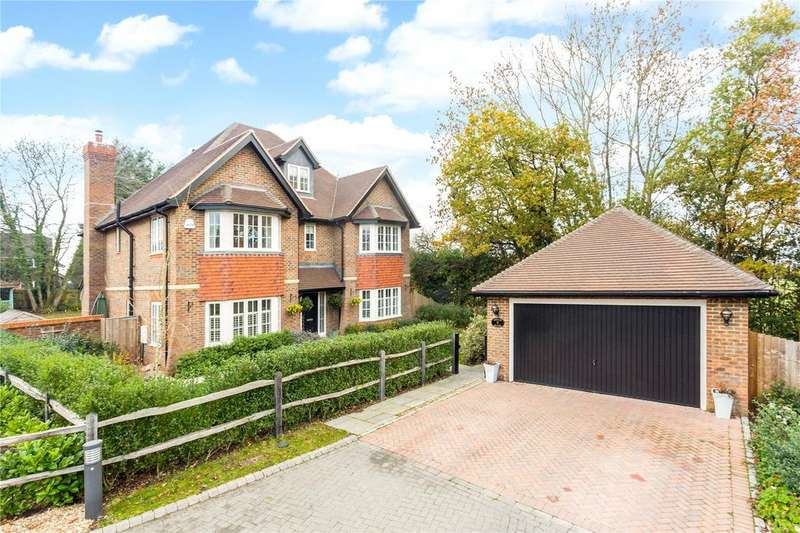 6 Bedrooms Detached House for sale in Oldfield Drive, Haywards Heath, West Sussex, RH17
