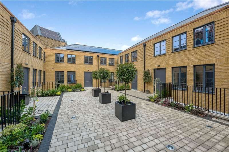 3 Bedrooms House for sale in Wigton Place, Kennington, London, SE11
