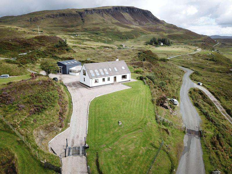 5 Bedrooms Detached House for sale in 26 Elgol, Isle of Skye