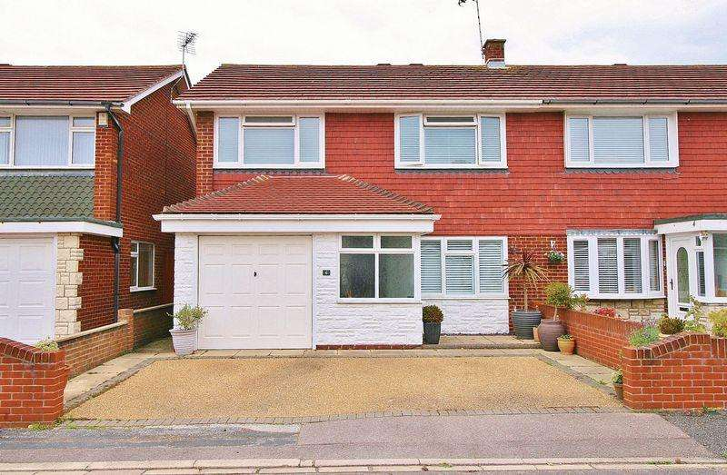 3 Bedrooms Semi Detached House for sale in Godwit Road, Milton