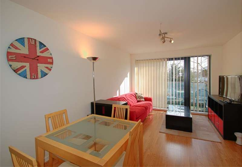 1 Bedroom Apartment Flat for sale in Douglas Path, Isle of Dogs, E14