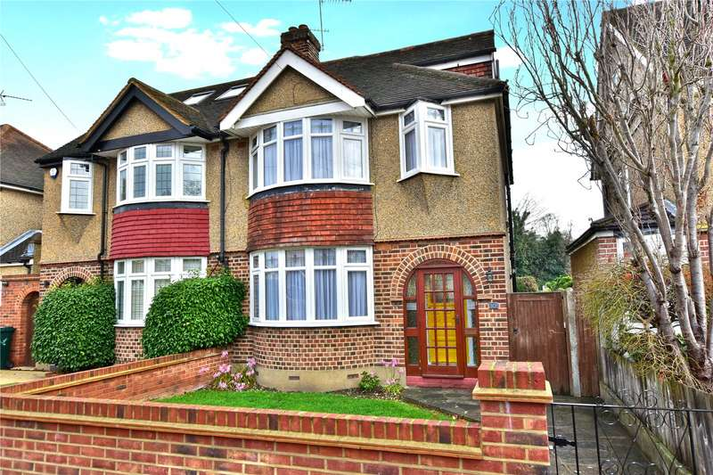 4 Bedrooms Semi Detached House for sale in Links Way, Croxley Green, Hertfordshire, WD3